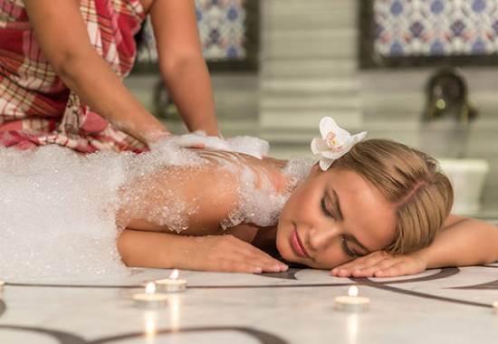 Массаж в бане: особенности, виды и польза для здоровья