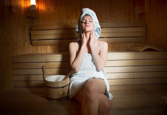 Уход за кожей в бане: рецепты эффективных масок и скрабов