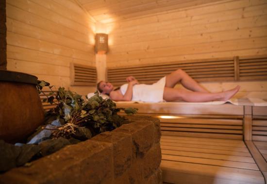 Финская сауна: ее особенности и польза для здоровья